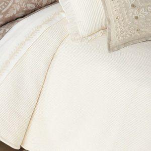New Ralph Lauren  Cortona Bed Blanket